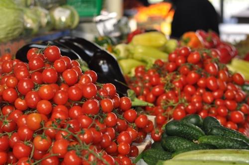 Piata 700 - legume